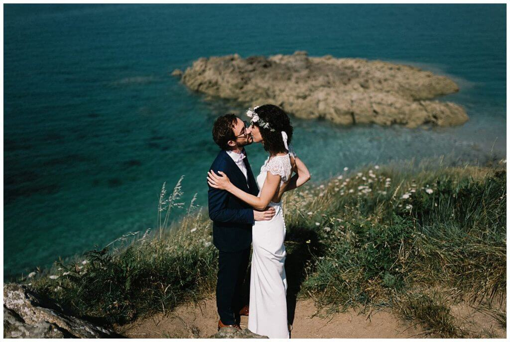 A wedding in Brittany in Saint Jacut-de-la-mer| Paris Wedding Photographer | Queignec Photographer