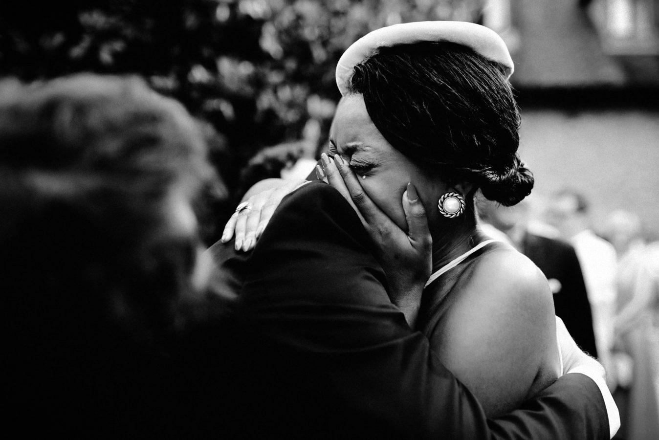 Paris wedding photographer - wedding in the Abbaye des Vaux de Cernay
